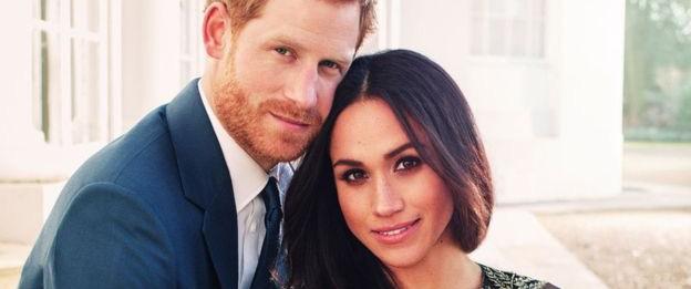 Công bố ảnh đính hôn cực tình tứ của hoàng tử Harry và vị hôn thê xinh đẹp khiến công chúng phát sốt