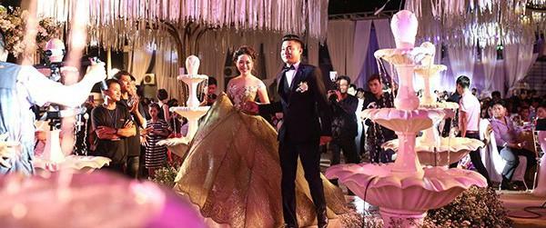 5 đám cưới nức tiếng vì độ xa hoa năm 2017: Dựng rạp mấy ngàn mét vuông, trang trí 6-7 tỷ đồng