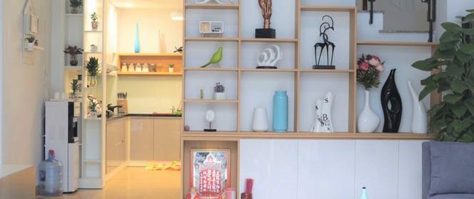 Nam ca sĩ Hồ Quang Hiếu dành tiền tỷ sửa lại ngôi nhà cũ tặng cho mẹ và em gái