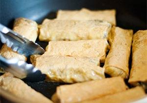 Giòn rụm váng đậu cuộn tôm chiên 7