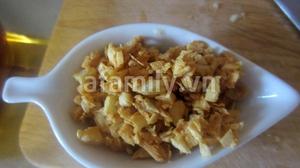 Sườn xóc tỏi thơm lừng cho bữa tối 7