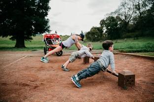 Tập thể dục cho khỏe người