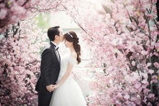 Ảnh cưới lãng mạn ngọt ngào cho đôi trẻ