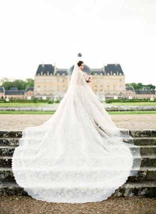 Váy cưới quyến rũ cho nàng dâu