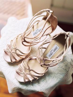 Giày cưới với thiết kế quyến rũ