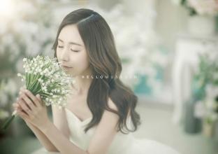 Cô dâu xinh đẹp lãng mạn