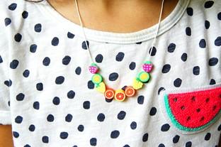 Vòng đeo cổ hình trái cây mùa hè