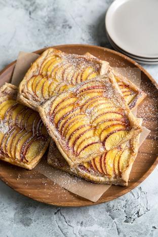Bánh táo thơm lừng cho bữa sáng
