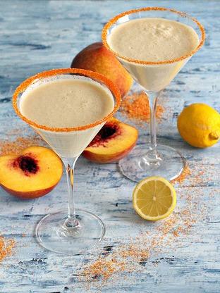 Cocktail martini kem đào thơm nồng khó cưỡng