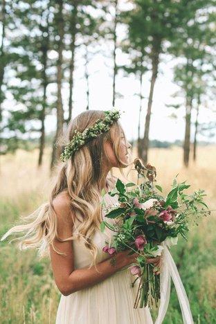 Cô dâu xinh đẹp giữa thiên nhiên