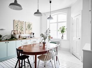 Bài trí phòng bếp với không gian hẹp