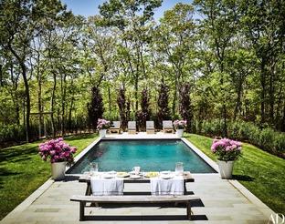 Bể bơi ngoài trời cho những ngày hè