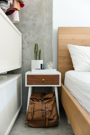 Tủ đầu giường đơn giản thông minh