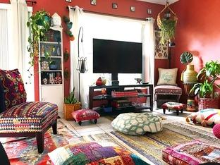 Phòng khách với màu sắc rực rỡ