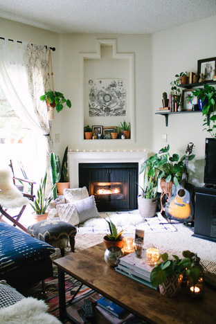 Phòng khách nhỏ nhưng vô cùng ấm cúng