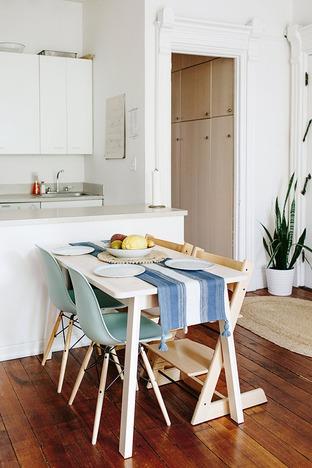Căn bếp với nội thất đơn giản