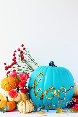 Trang trí tiệc Halloween với bí ngô
