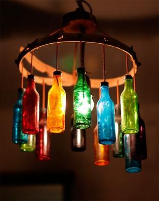 Tận dụng bình thuỷ tinh làm chao đèn độc đáo