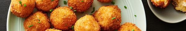Nóng hổi giòn rụm món bánh khoai tây phô mai