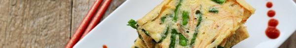 Sáng cuối tuần thử món bánh Pancake rau củ kiểu Hàn ngon lắm nhé!
