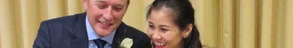 """Cô dâu Việt kể chuyện được chồng Anh cầu hôn ở tuổi 37 ngay khi anh vừa rời """"cửa tử"""""""