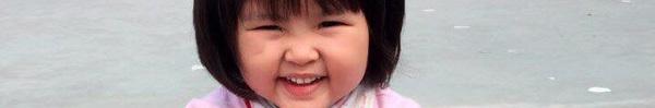 """""""Bà cụ non"""" 3,5 tuổi hòa giải bố mẹ cãi nhau bằng chiêu không thể khôn khoan hơn"""