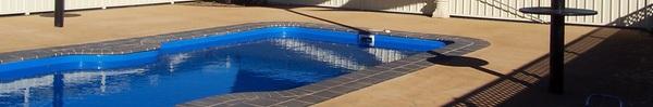 6 cách tạo bóng râm cho bể bơi gia đình