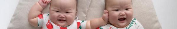 """""""Tan chảy"""" với vẻ đáng yêu của cặp sinh đôi hút hơn 100,000 fan trên Instagram"""
