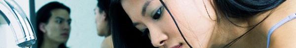 Sững sờ với khuôn mặt mộc của người yêu khi đã tẩy bỏ lớp trang điểm