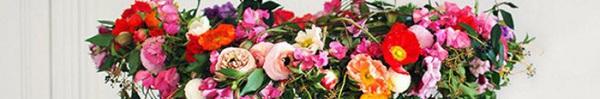 Tự làm đèn chùm hoa cho bữa tối mùa hè thêm ngọt ngào và lãng mạn