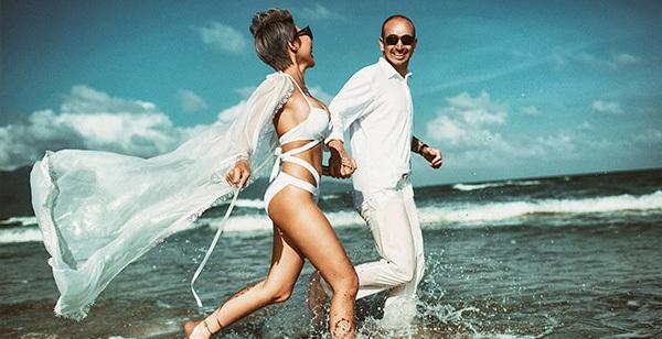 Sở hữu hình thể đẹp mỹ mãn cô dâu Việt và chú rể Úc chụp ảnh cưới phóng khoáng sexy, táo bạo hết mức