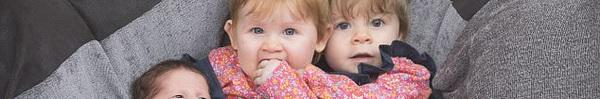 11 tháng sinh liền 4 đứa con, bà mẹ này phá vỡ kỷ lục sinh con của nước Anh