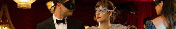"""Để có thân hình """"bốc lửa"""" khi diễn cảnh sexy trong 50 sắc thái: Đây là những gì nữ diễn viên xinh đẹp Dakota Johnson đã làm"""