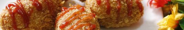 Món ngon cho bé: Khoai tây bọc xúc xích chiên xù