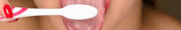 Lưỡi của bạn có thể rất bẩn cùng vô số vi khuẩn và đây là cách làm sạch chúng