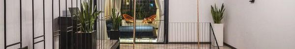 Ngôi nhà ống 60m² ở Kim Mã hiện đại và ngập tràn ánh sáng sau khi cải tạo với chi phí 700 triệu đồng