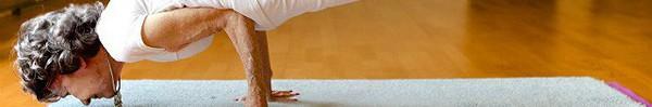 """Giáo viên dạy yoga 99 tuổi chia sẻ 3 bí mật """"già mà dẻo, khỏe"""", ai nghe qua cũng quá đỗi ngạc nhiên"""