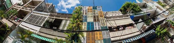 Ngôi nhà có cửa chớp đầy màu sắc tại Sài Gòn được báo Mỹ khen nức nở