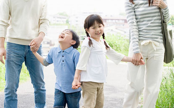 """5 vấn đề """"điên đầu"""" cha mẹ hay mắc khi dạy con"""