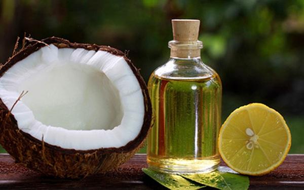 10 lợi ích tuyệt vời của dầu dừa với mẹ và bé