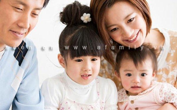 Những lợi thế khi nhà bạn có hai bé gái