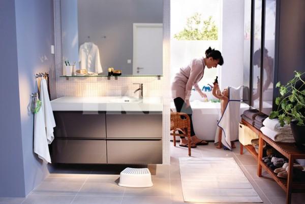 29082012phongtamikea2 b402d Ngẫn ngơ với những thiết kế phòng tắm tiện dụng của IKEA