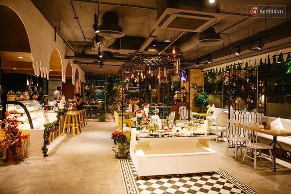 img01881450710706299 - 3 quán cà phê siêu đẹp ở Sài Gòn mà Noel này nhất định bạn phải ghé!
