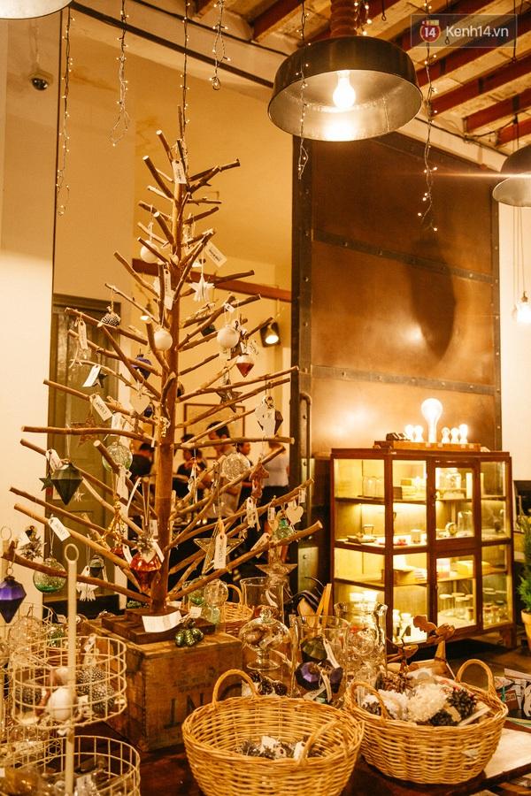 img01961450710915412 - 3 quán cà phê siêu đẹp ở Sài Gòn mà Noel này nhất định bạn phải ghé!