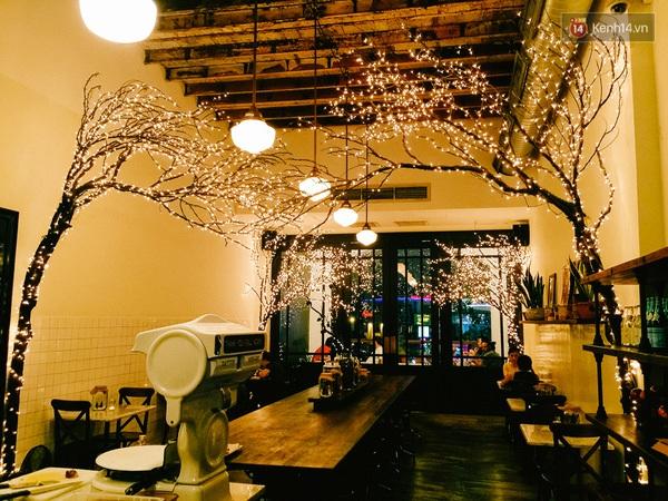 img758821450710918009 - 3 quán cà phê siêu đẹp ở Sài Gòn mà Noel này nhất định bạn phải ghé!