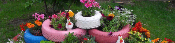 Sân vườn đẹp lung linh với những món đồ tái chế siêu dễ thương