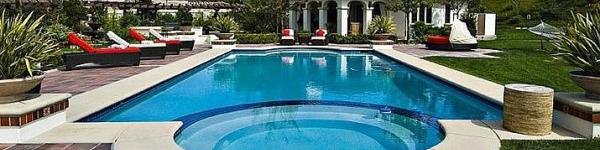 Ngắm bể bơi tại nhà của các Sao đẹp hơn cả công viên nước