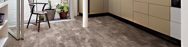 Gạch lát giả gỗ giúp sàn nhà vừa bền vừa đẹp