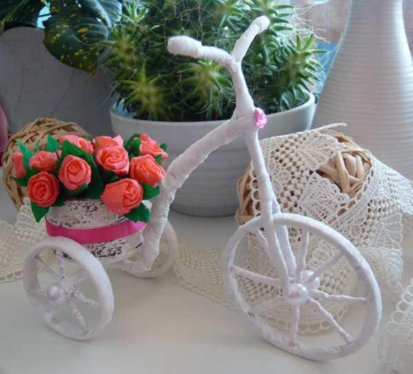 Khéo tay làm chiếc xe đạp chở hoa xinh xắn 1