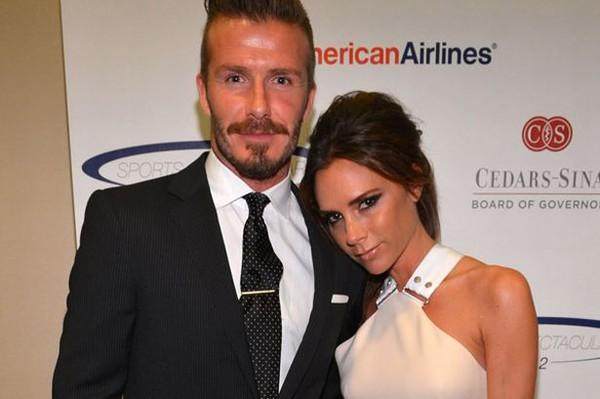 David Beckham phủ nhận việc nhận con nuôi